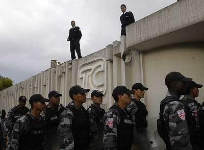 La confiscación de bienes al Grupo Isaías, una estrategia política